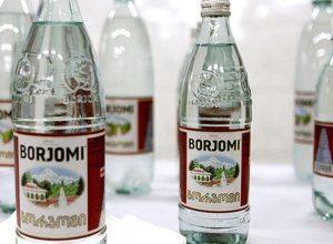 Какую воду пить при гастрите: боржоми