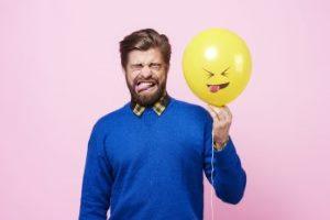 Почему появляется привкус ацетона во рту у женщин и мужчин